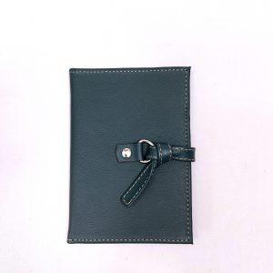 Porta Passaporte em Couro Verde